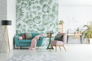 Obývačka s tapetou